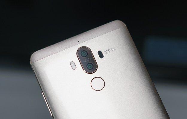 Huawei Mate 10: super batteria e  schermo borderless contro Note 8 e iPhone X