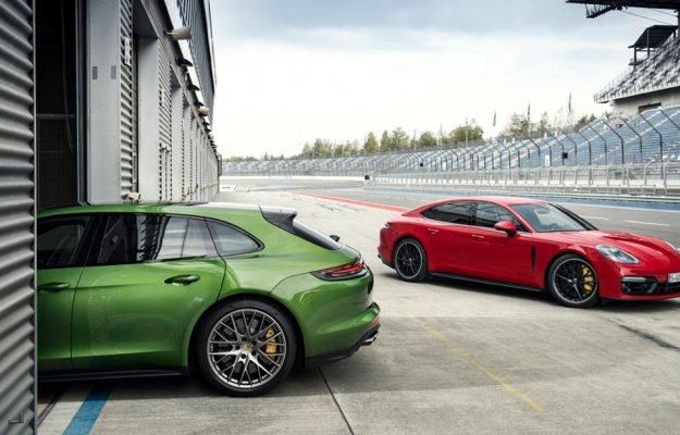 Porsche presenta le nuove Panamera GTS e GTS Sport Turismo con head-up display