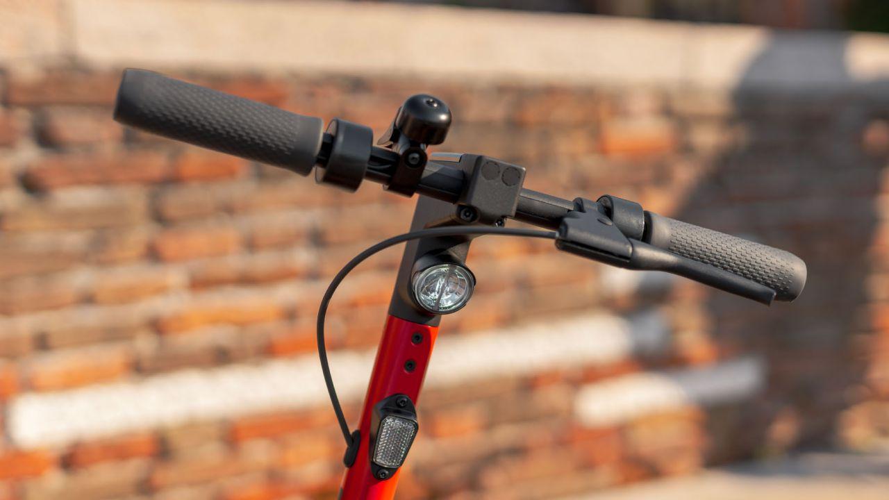 provato Alla guida del nuovo monopattino SEAT Mò eKickScooter 65: libertà totale
