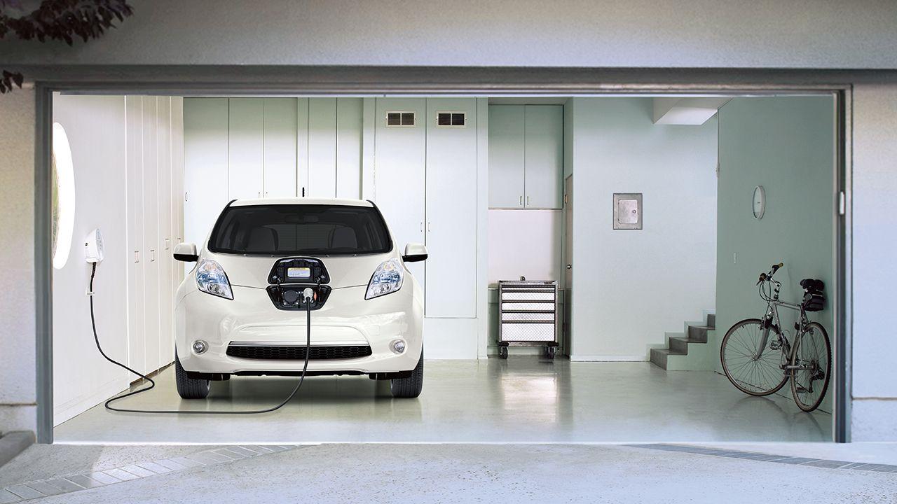 Allungare la vita alla batteria dell'auto elettrica: si può fare?