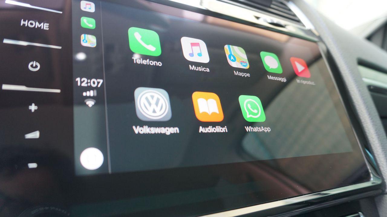 provato Apple CarPlay, WhatsApp e Siri alla prova su Volkswagen Golf 2018