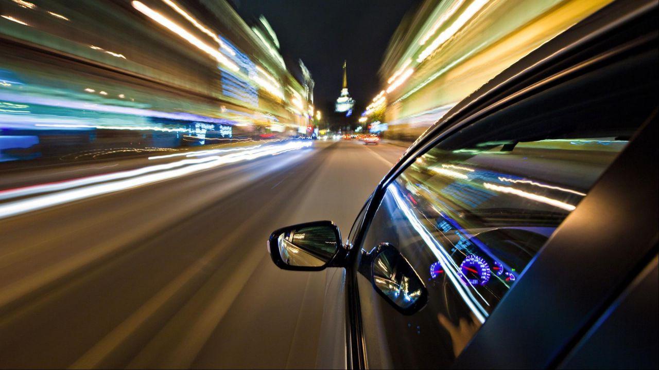 Auto più lente e più sicure: come sta cambiando il mondo automotive