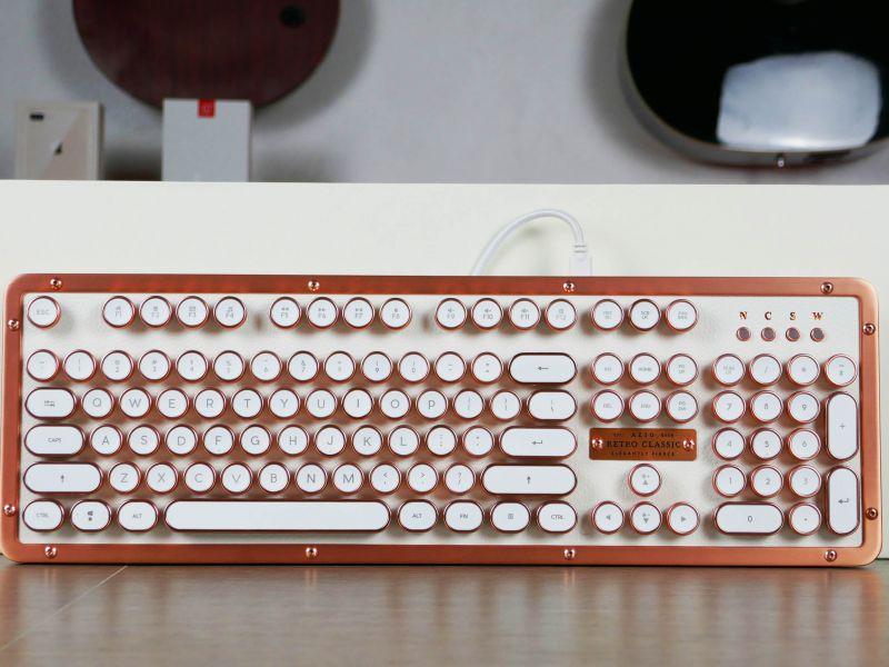 Azio Retro Classic: la tastiera meccanica di lusso per gli amanti del vintage