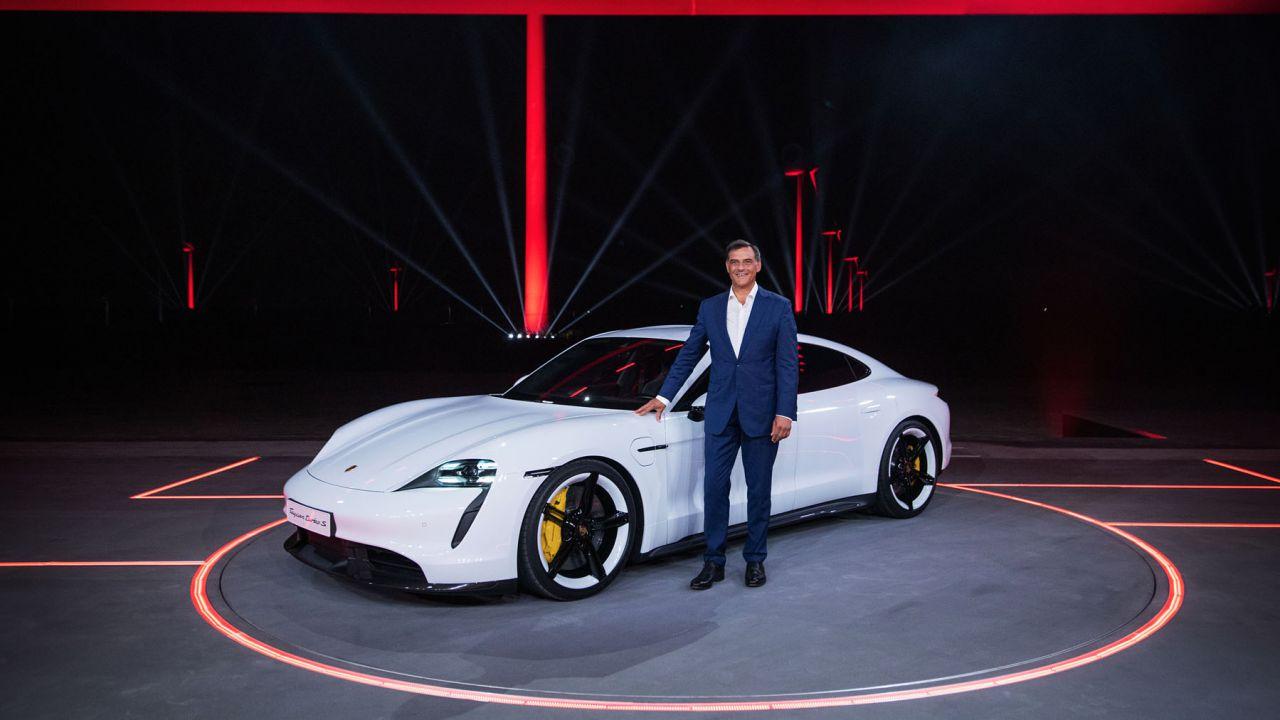 Benvenuta Porsche Taycan, la risposta europea all'innovazione Tesla