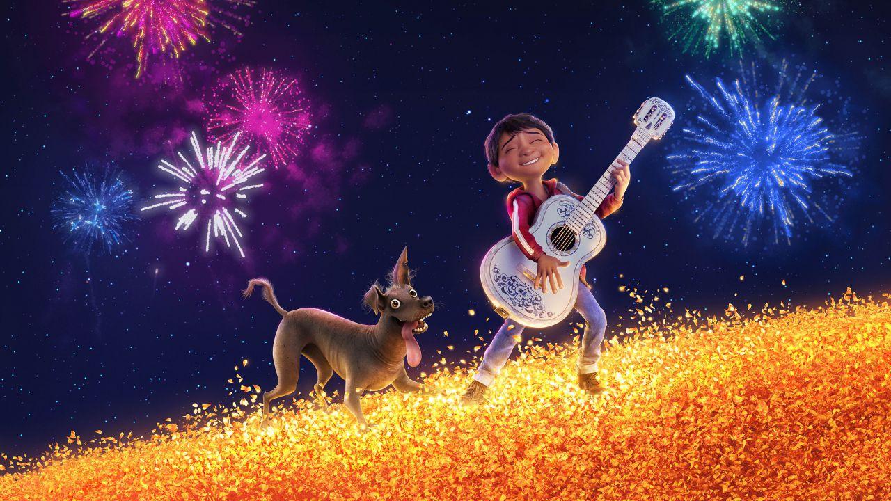 recensione Coco Recensione: tanti colori ed emozioni nel nuovo film Pixar