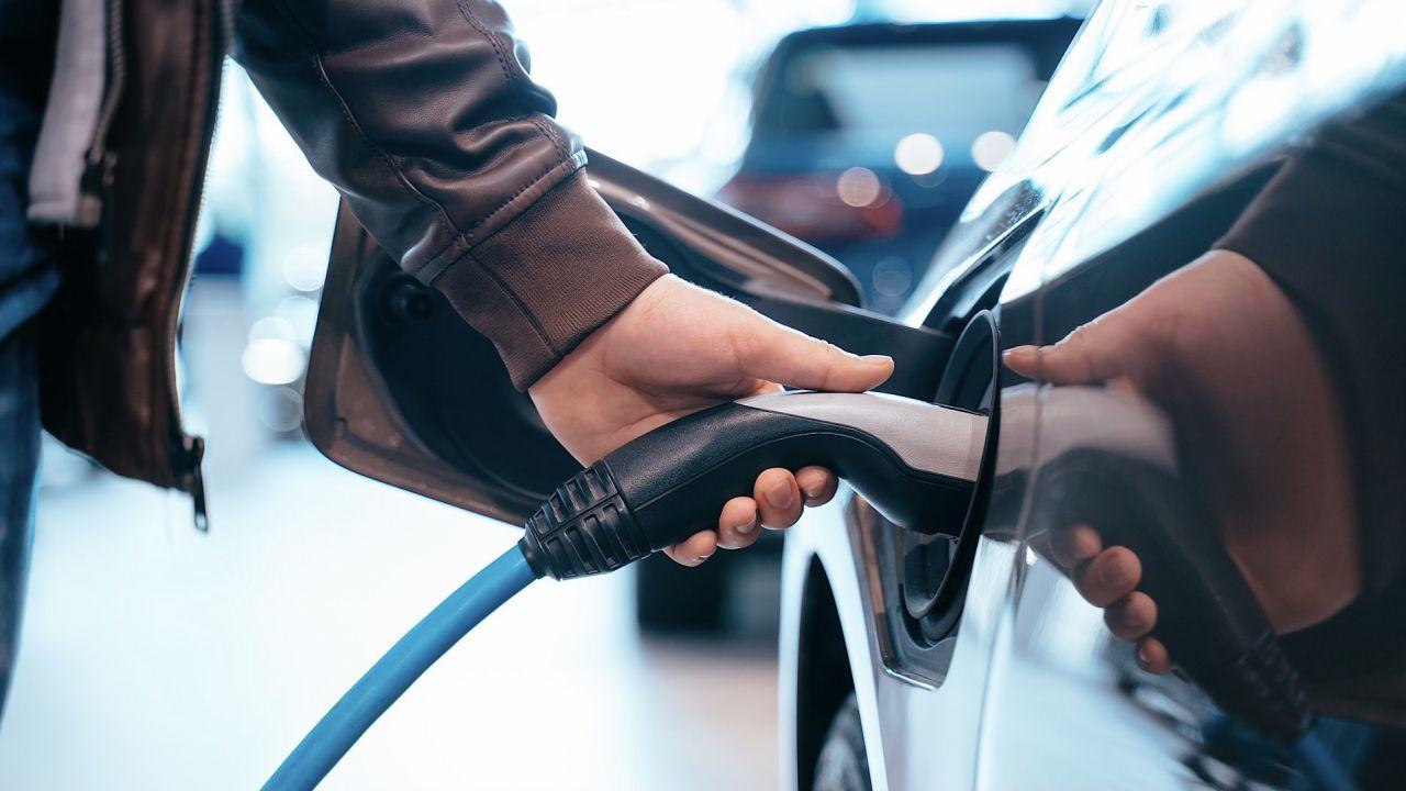 speciale Come aumentare l'autonomia e curare la batteria di un'auto elettrica