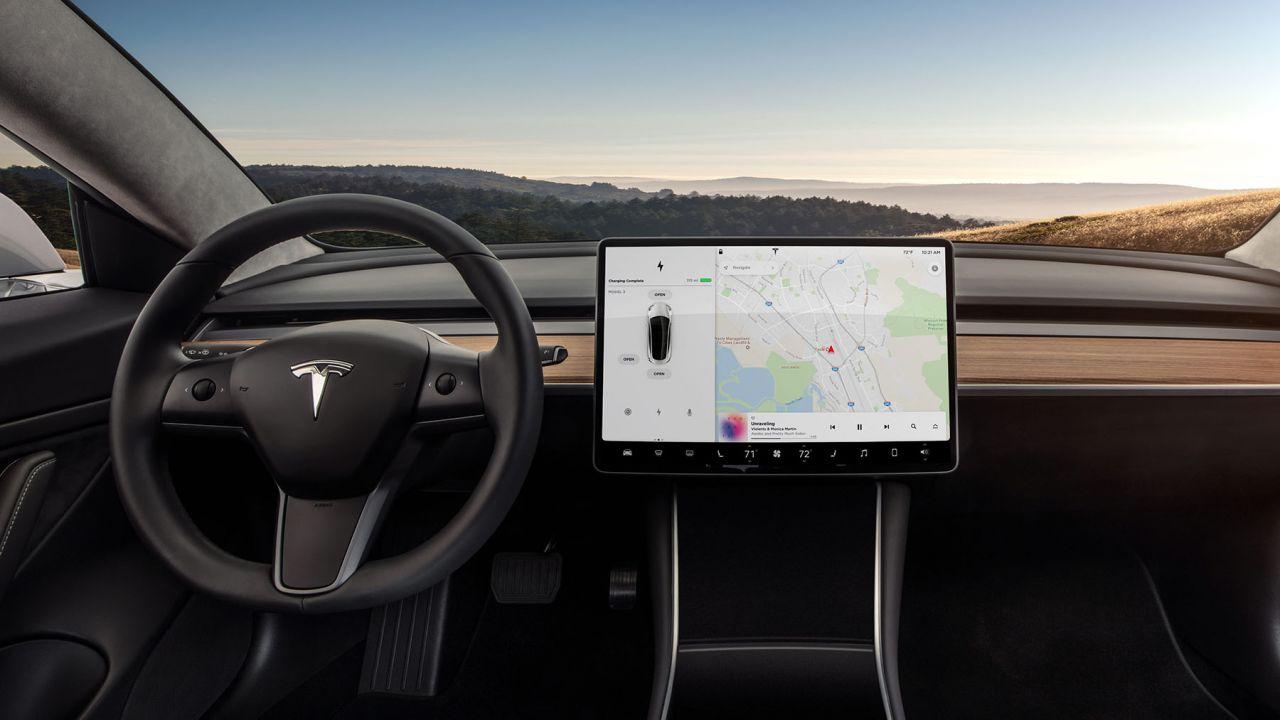 speciale Come funziona la guida autonoma di Tesla? Così Elon Musk ha ucciso i LIDAR