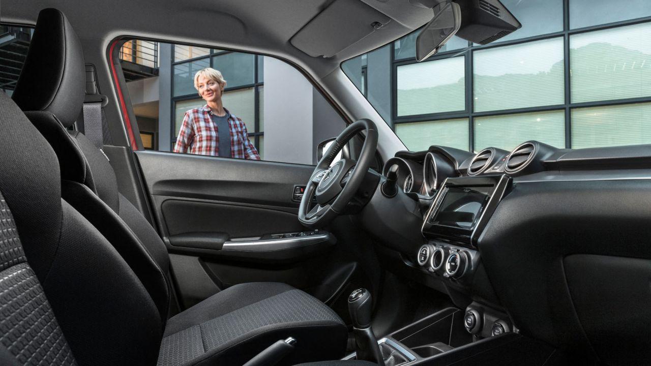 Conosciamo il sistema di infotainment della nuova Suzuki SWIFT Hybrid