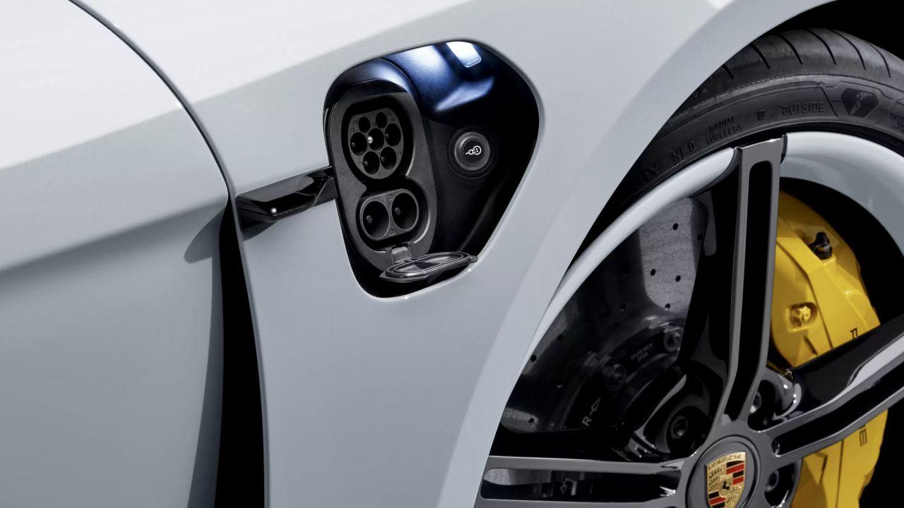 Cosa c'è da sapere prima di acquistare un'auto elettrica nel 2021