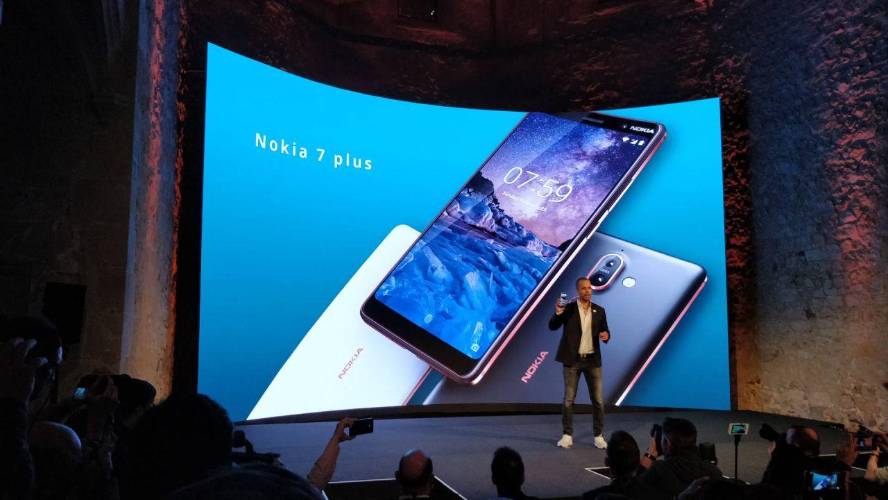 anteprima Da Nokia 8810 4G a Nokia 8 Sirocco: le novità di HMD al MWC di Barcellona