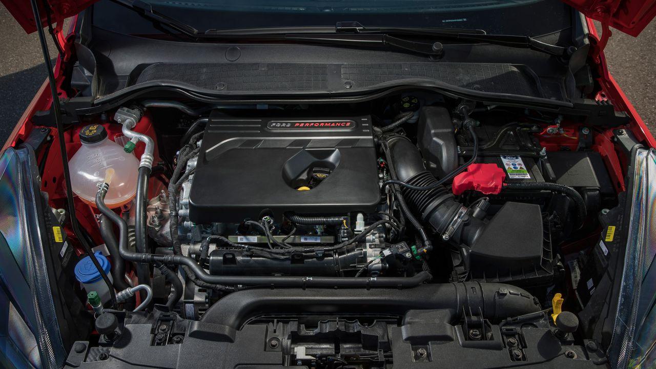 Dall'ecologia alla pista: così i motori 3 cilindri mettono a rischio i 4