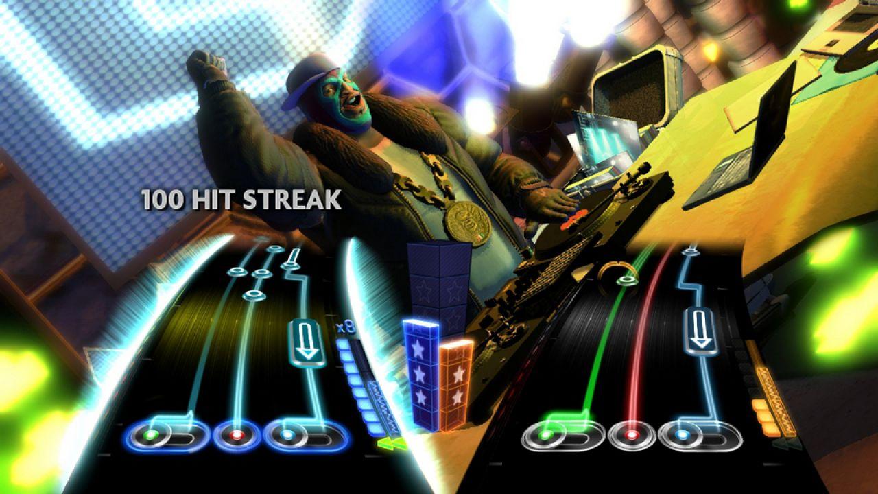 hands on DJ Hero 2