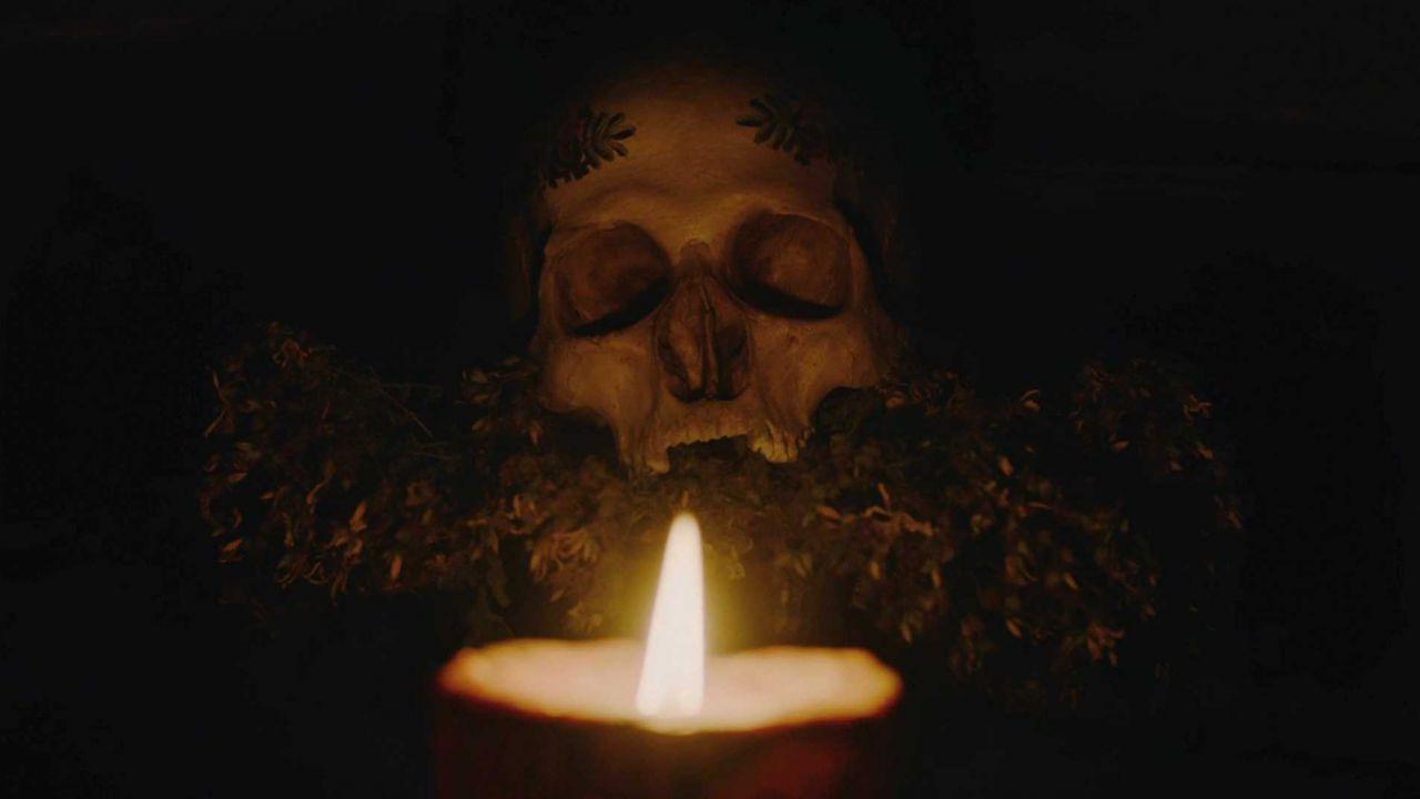 Hagazussa - La strega, la recensione dell'horror su Prime Video