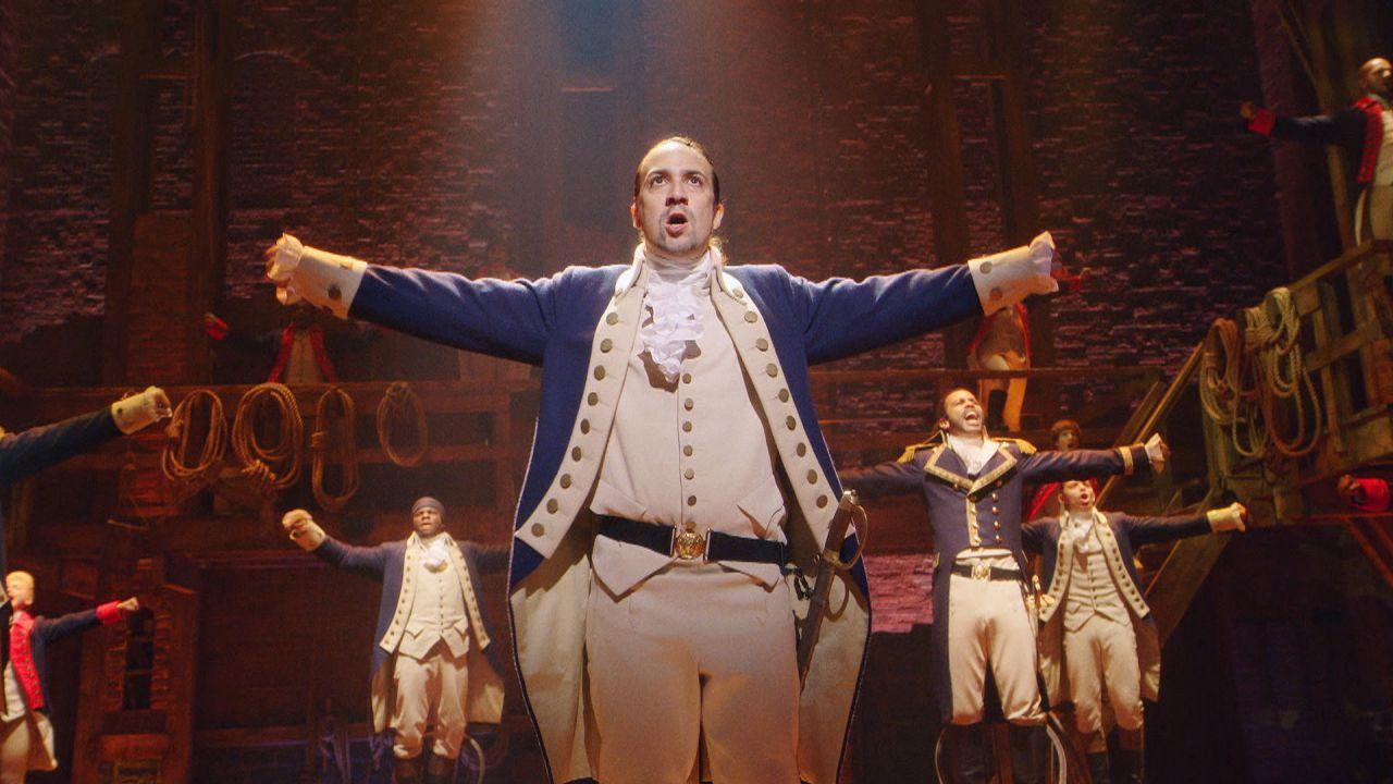 recensione Hamilton, la recensione: il musical di Lin-Manuel Miranda sbarca su Disney+