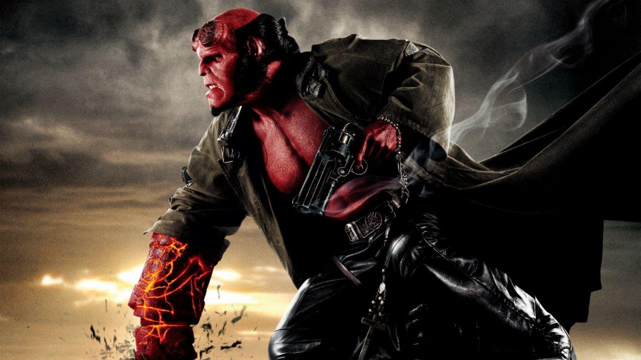 recensione Hellboy, su Netflix il cinecomic cult di Guillermo del Toro
