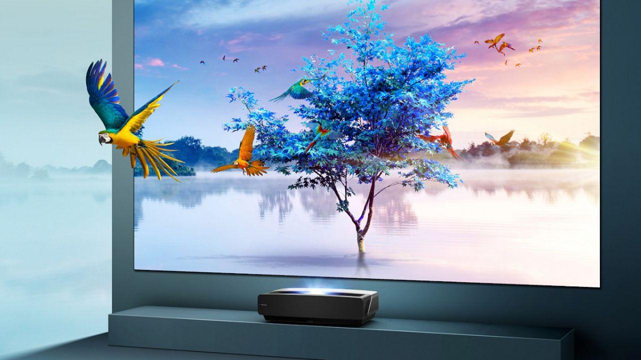 recensione Hisense Laser TV Recensione: 100 pollici in poco spazio