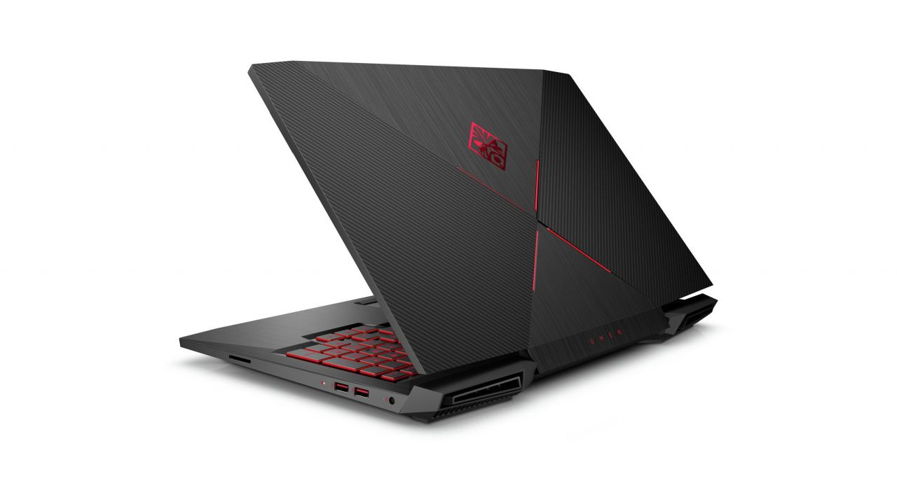 HP Omen 15 Recensione: notebook gaming con display a 120Hz e G-Sync