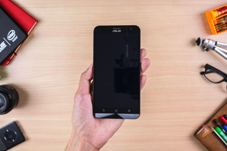 i migliori smartphone android sotto ai 200 euro dicembre 2016. Black Bedroom Furniture Sets. Home Design Ideas