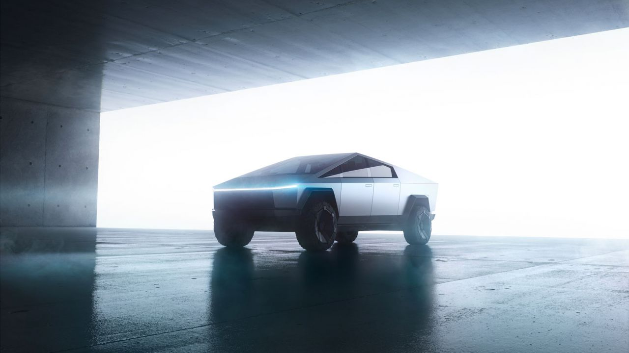 speciale Il Tesla Cybertruck tra futuro e fallimento: la nuova sfida di Elon Musk
