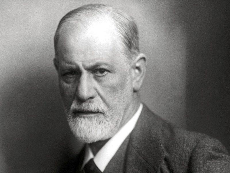 Il vero Freud: tra ipnosi, sigari e psicanalisi, una figura problematica