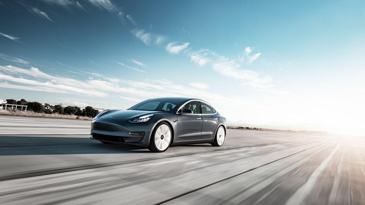 Le Tesla Model 3 con batterie LFP soffrono gravemente il freddo: il caso