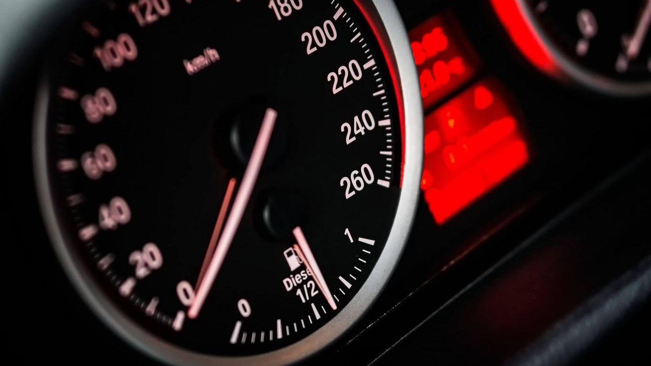 speciale Limitatori di velocità, etilometri, ADAS: i nuovi obblighi UE dal 2022