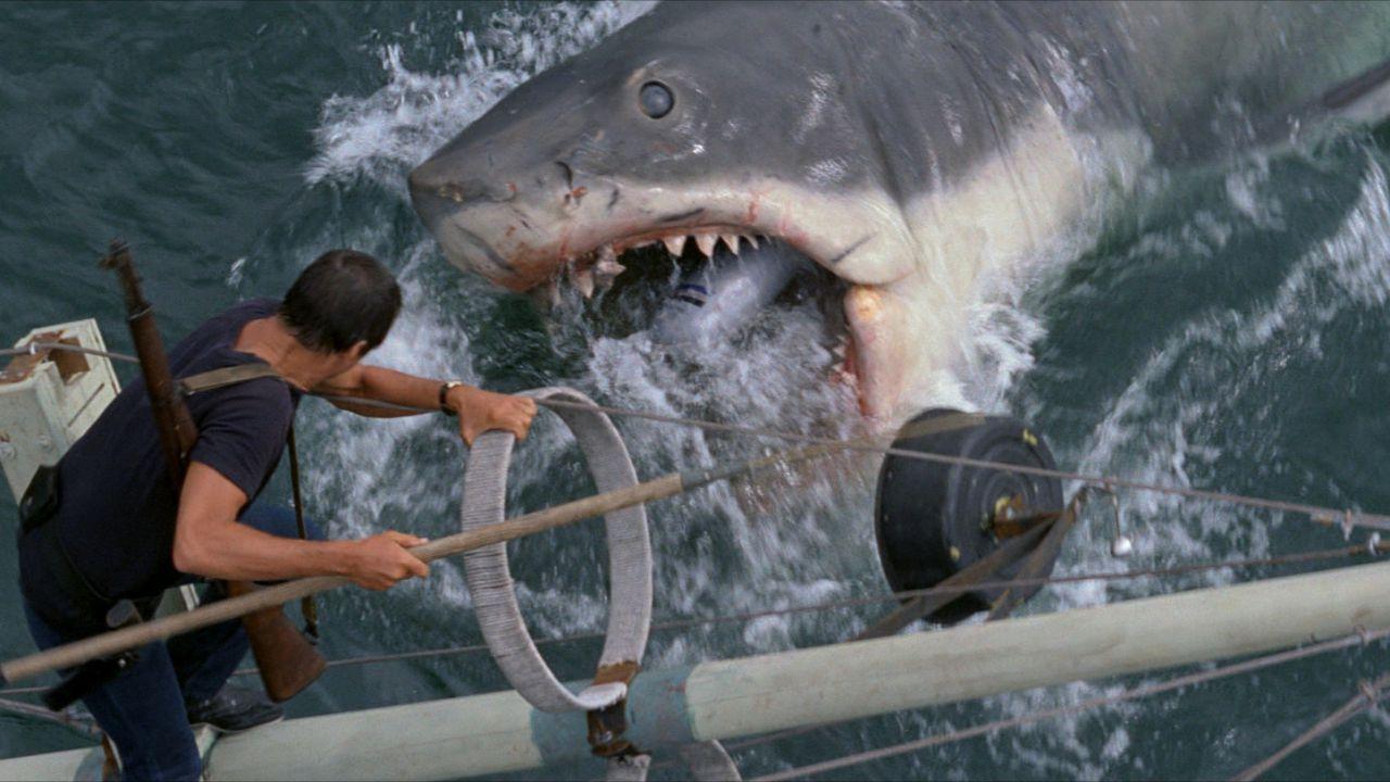 Lo squalo: il terrore dei mari incubo di una generazione