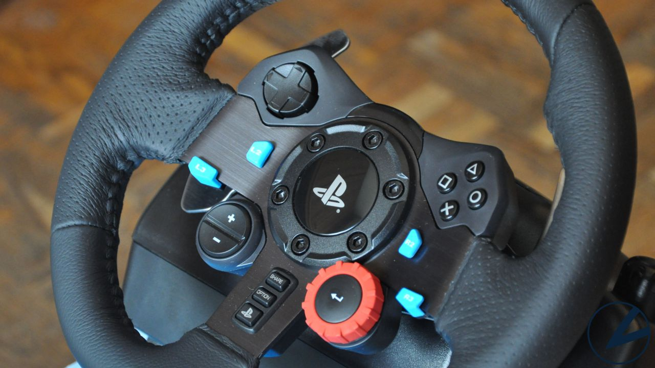 recensione Logitech G29 Driving Force