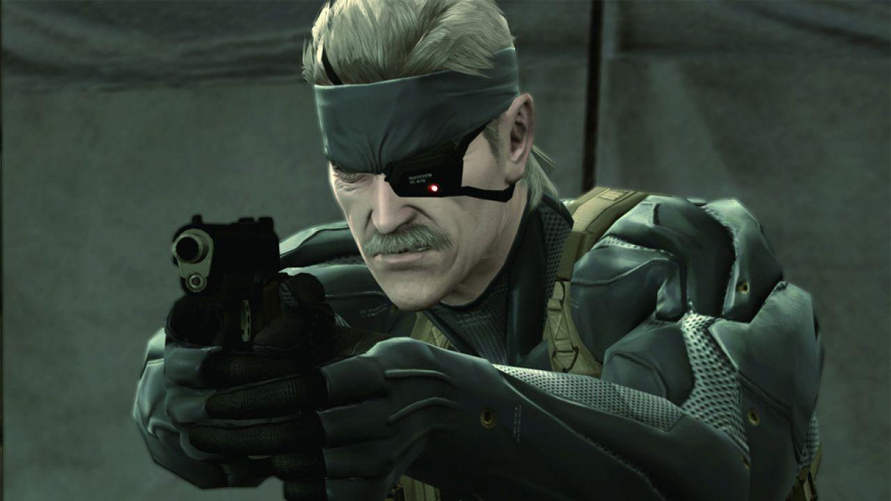銃を構えるスネークがかっこいい