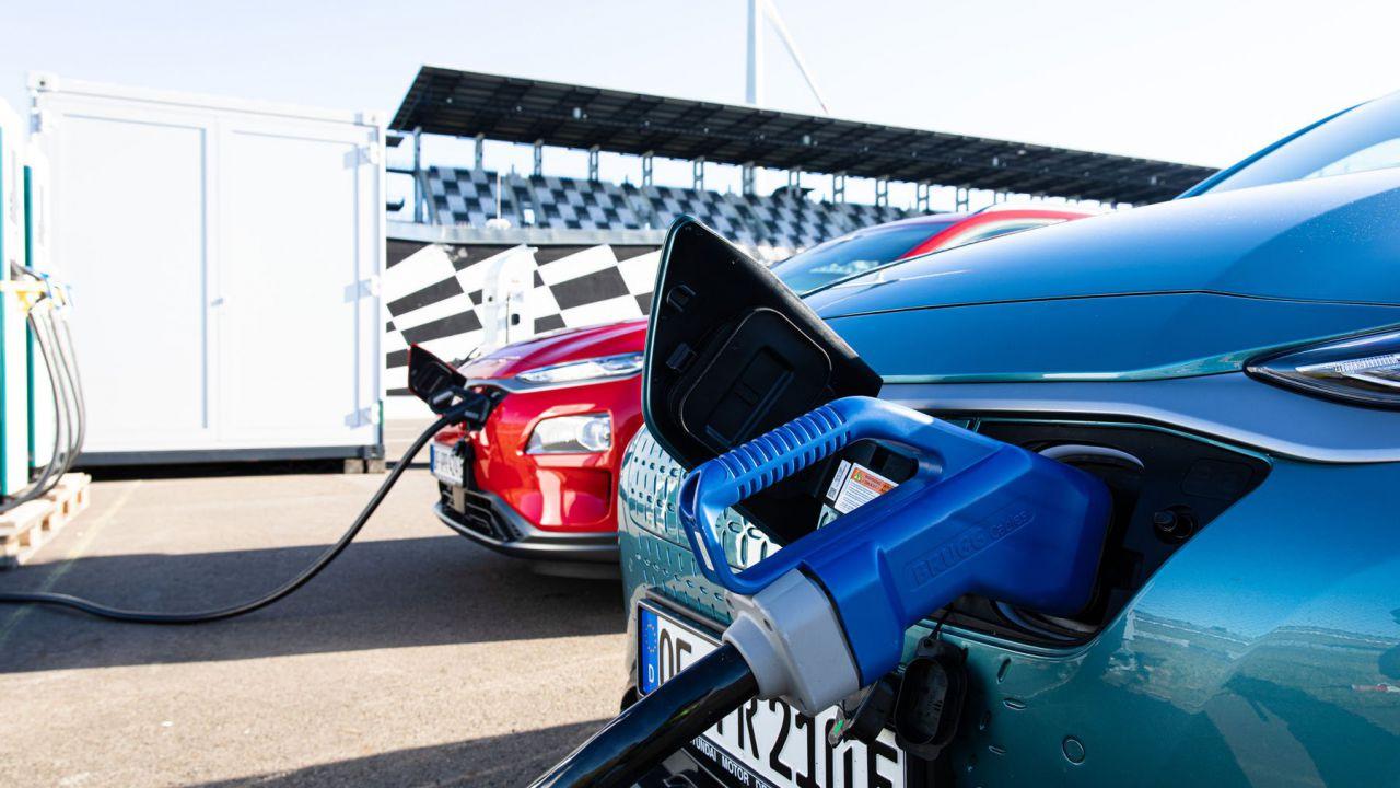 speciale Migliorare l'autonomia di una EV senza superare i 60 km/h. Ne vale la pena?