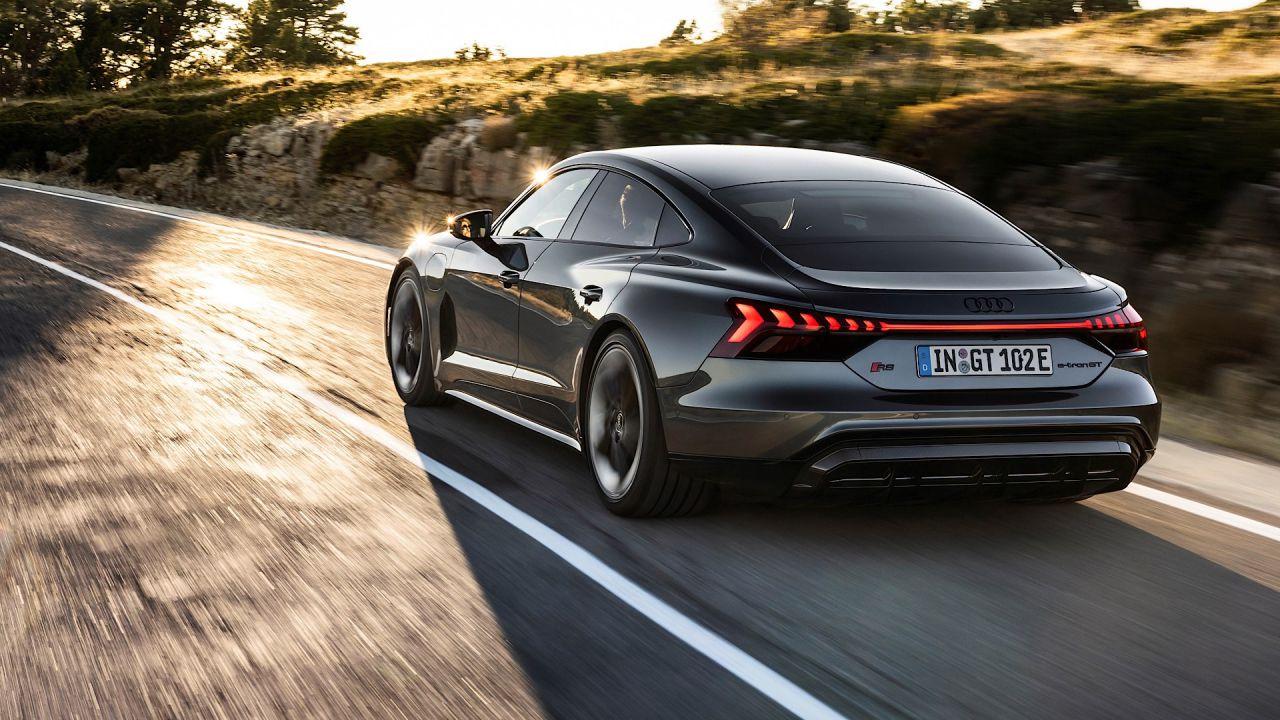 speciale Nuova Audi e-tron GT, la Granturismo elettrica con 487 km di autonomia