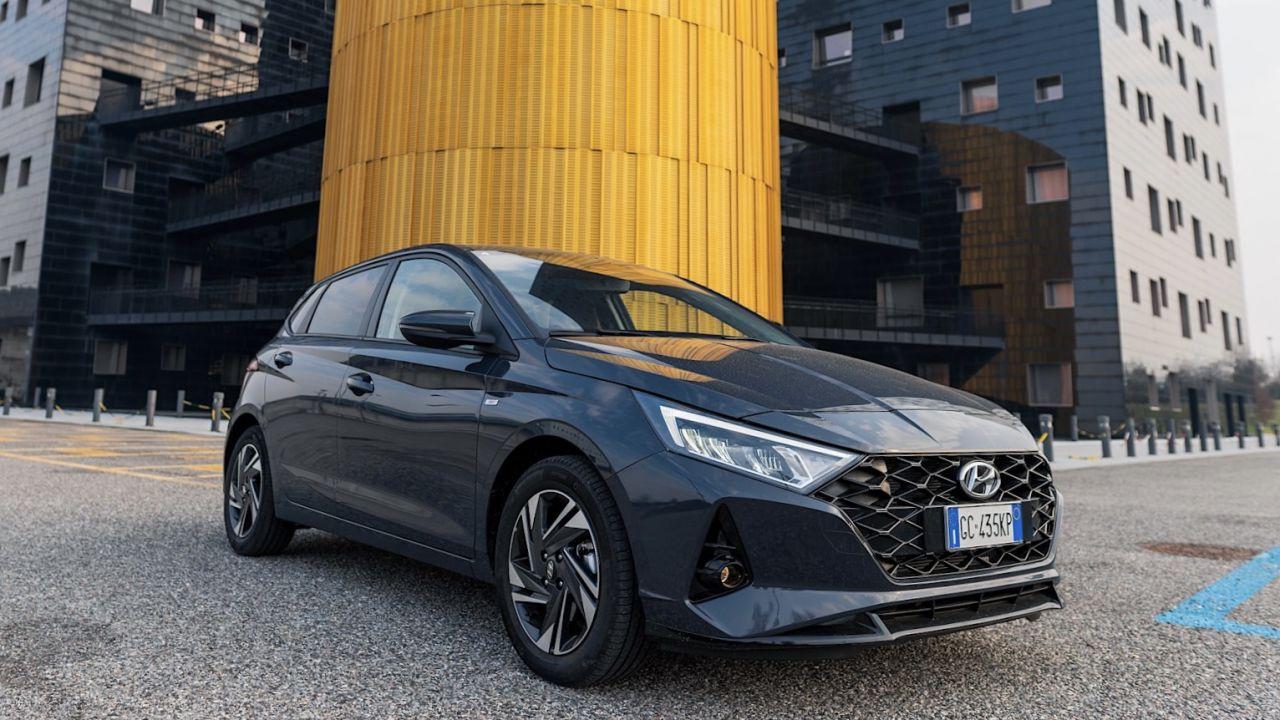 provato Nuova Hyundai i20: alla guida dell'utilitaria ibrida a 48V