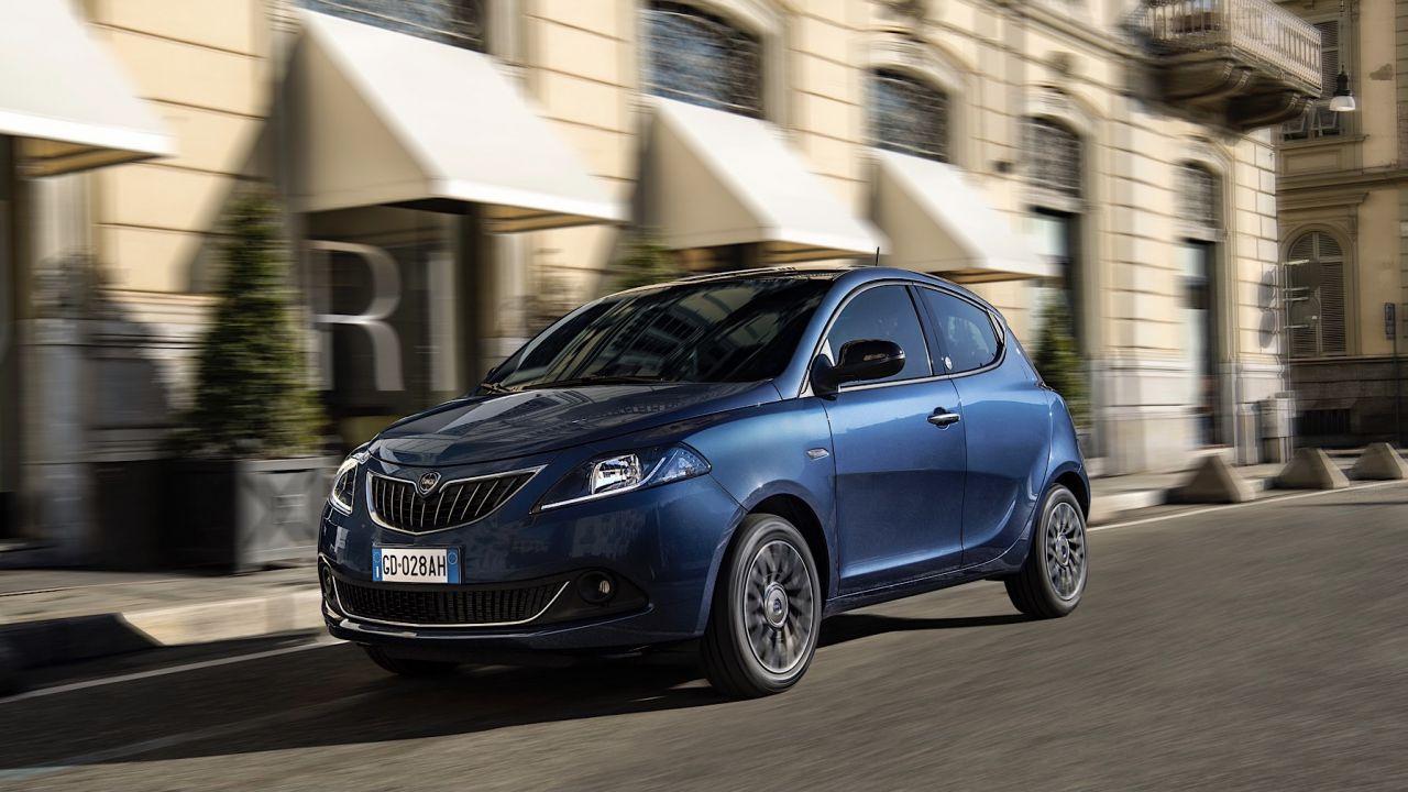 speciale Nuova Lancia Ypsilon Hybrid 2021: tutte le novità e le promo di febbraio