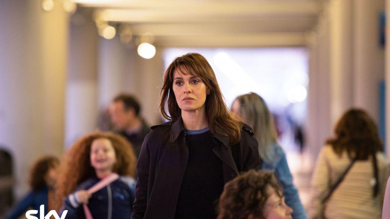 recensione Petra Recensione: su SKY la nuova serie in giallo con Paola Cortellesi