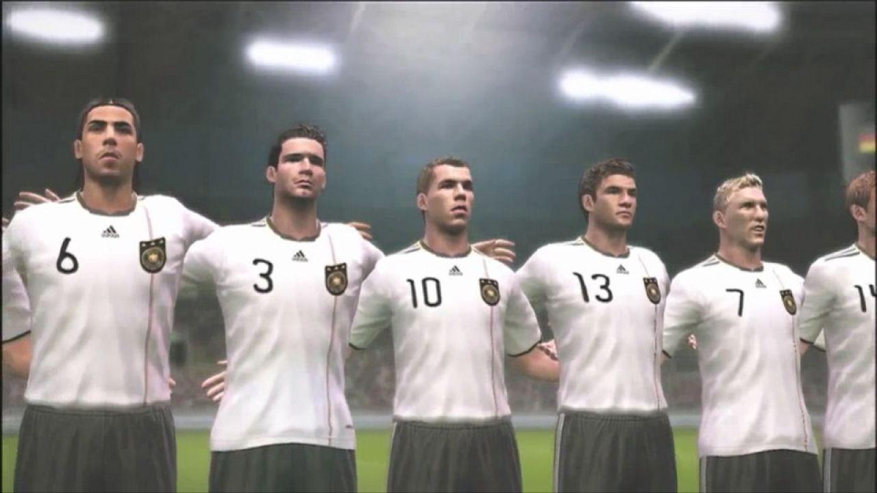 hands on Pro Evolution Soccer 2011