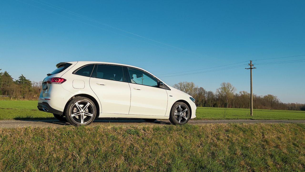 Proviamo la tecnologia Plug-in Hybrid della Mercedes-Benz Classe B 250