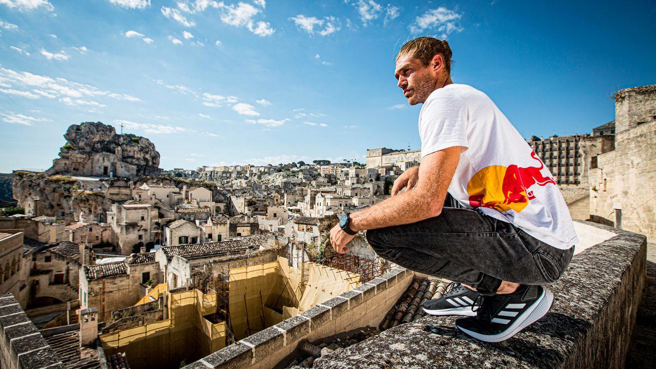Red Bull Art of Motion: sui tetti di Matera insieme a Huawei Watch GT 2