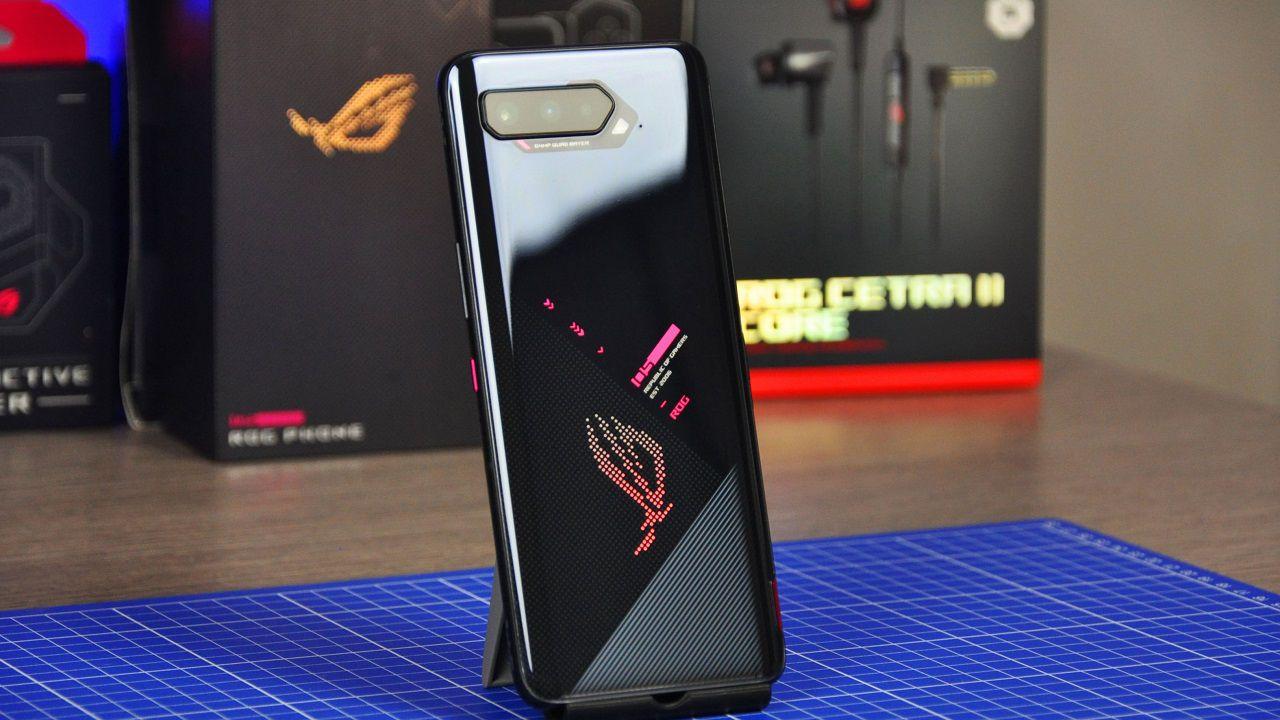 ROG Phone 5 è lo smartphone più potente uscito nel 2021?