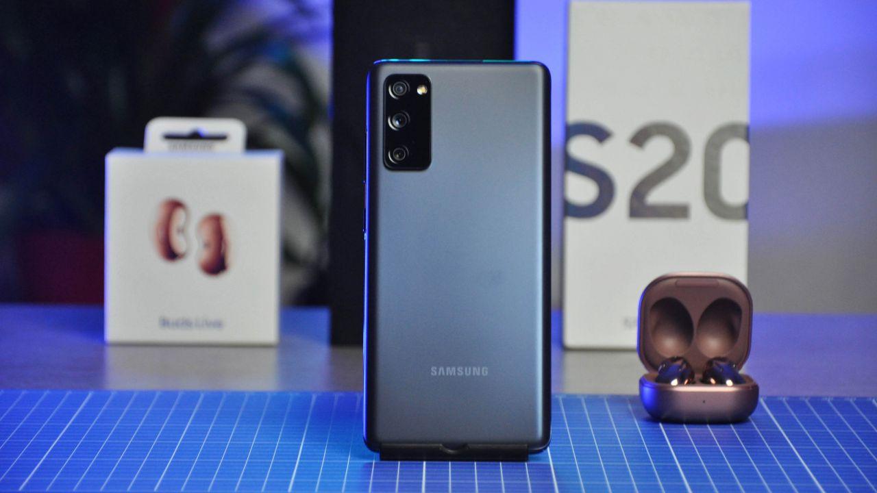 Samsung Galaxy S20 FE Recensione: equilibrio e potenza al giusto prezzo