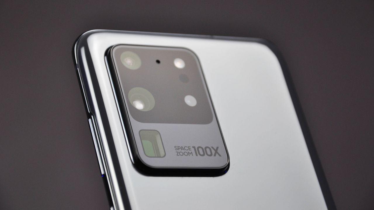 Samsung Galaxy S20 Ultra Recensione: un top di gamma in evoluzione