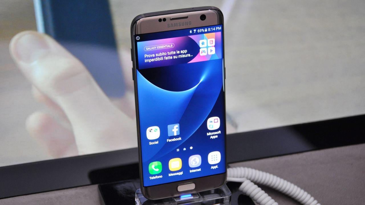 first look Samsung Galaxy S7 e S7 Edge