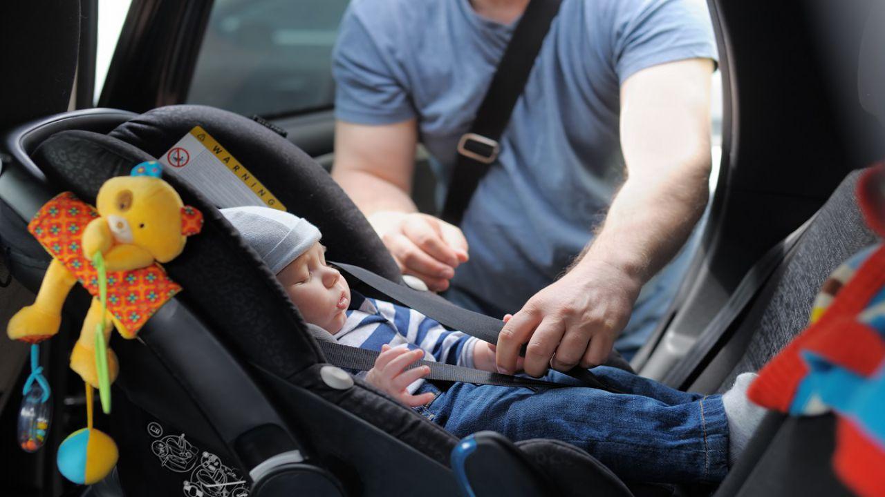 Scatta l'obbligo dei Seggiolini Salva-Bebè: come mettersi in regola