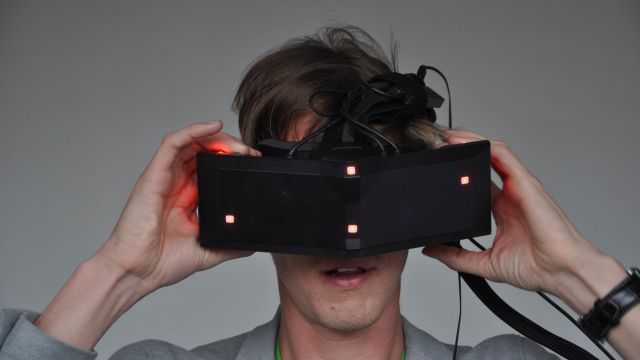 StarVr: il visore virtuale più avanzato al mondo alla prova