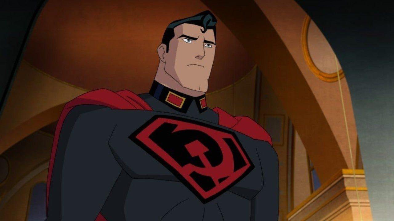 recensione Superman Red Son, la recensione: il fumetto di Mark Millar prende vita