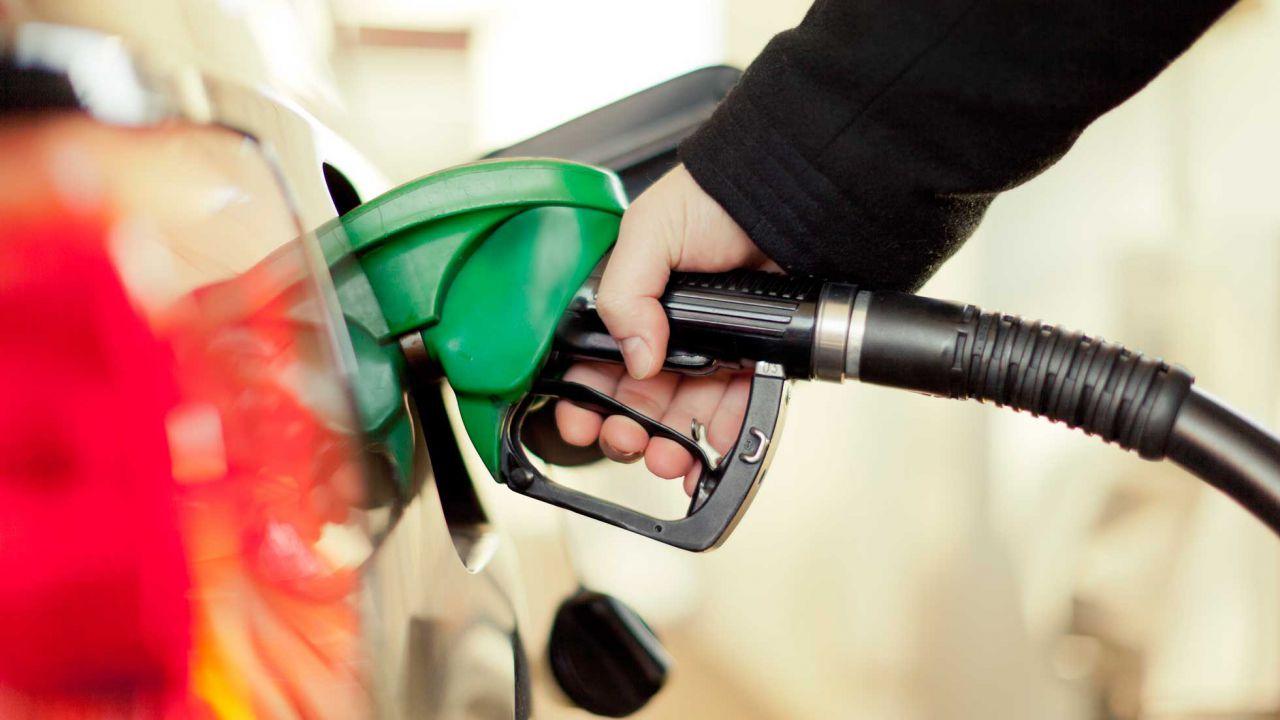 speciale Tasse sulla benzina al 71%: la situazione fra scioperi e petrolio a picco