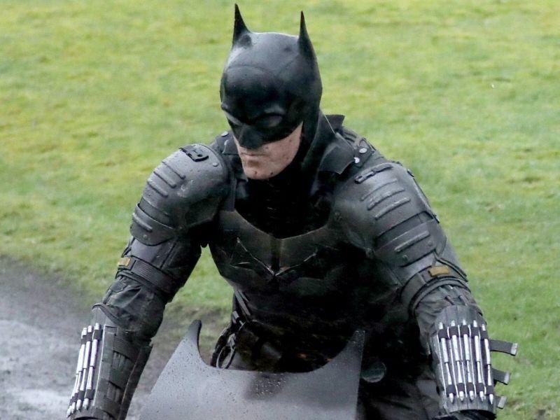 The Batman, tutti i dettagli del costume dalla testa ai piedi