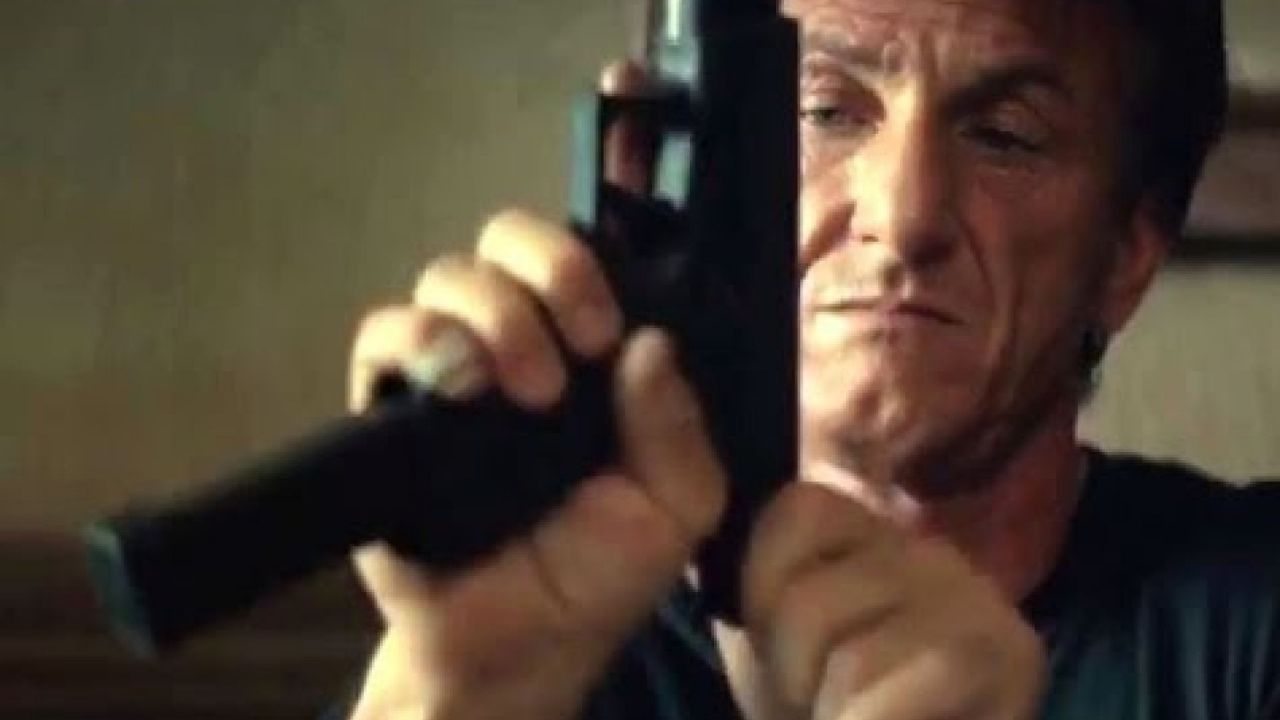 recensione The Gunman