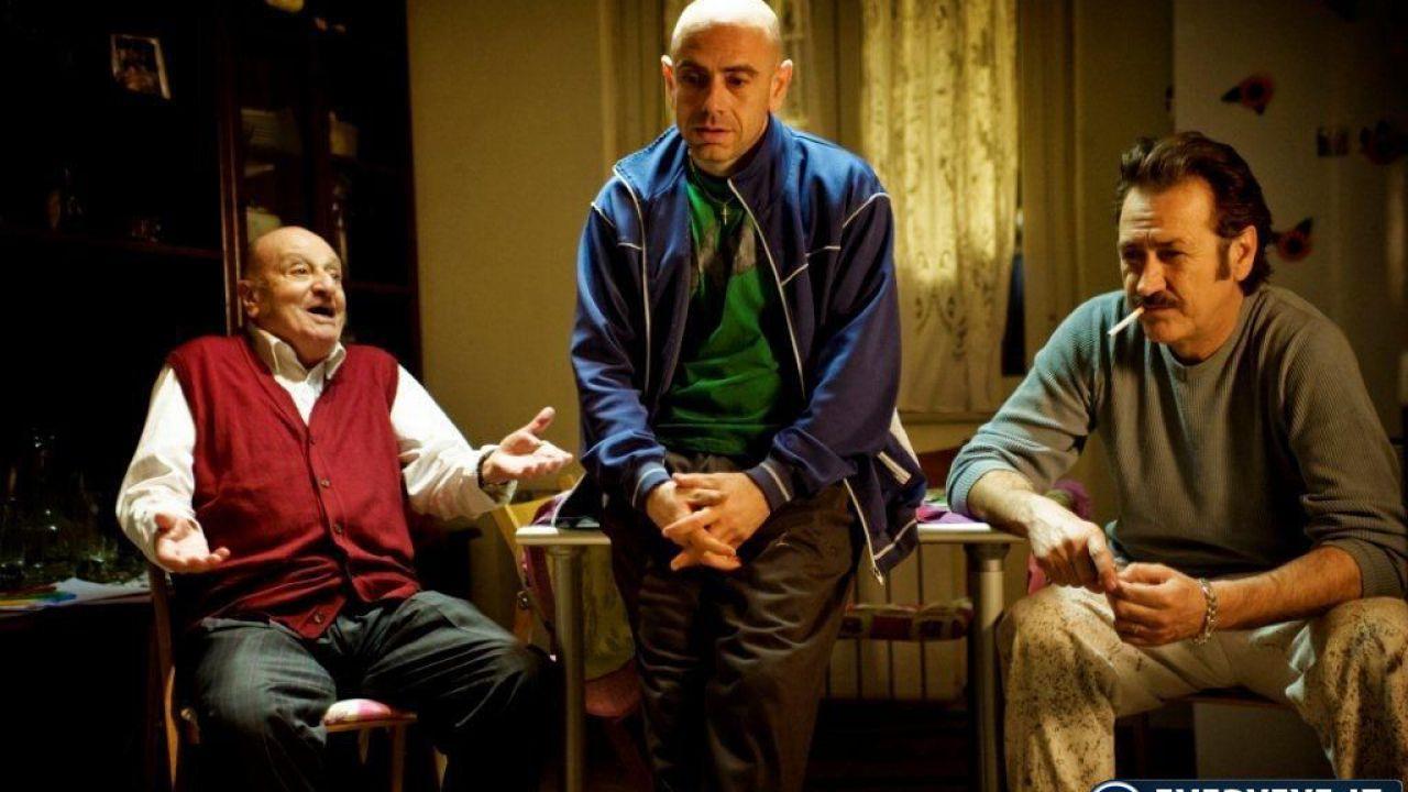 recensione Tutti contro tutti, in DVD il film di Rolando Ravello