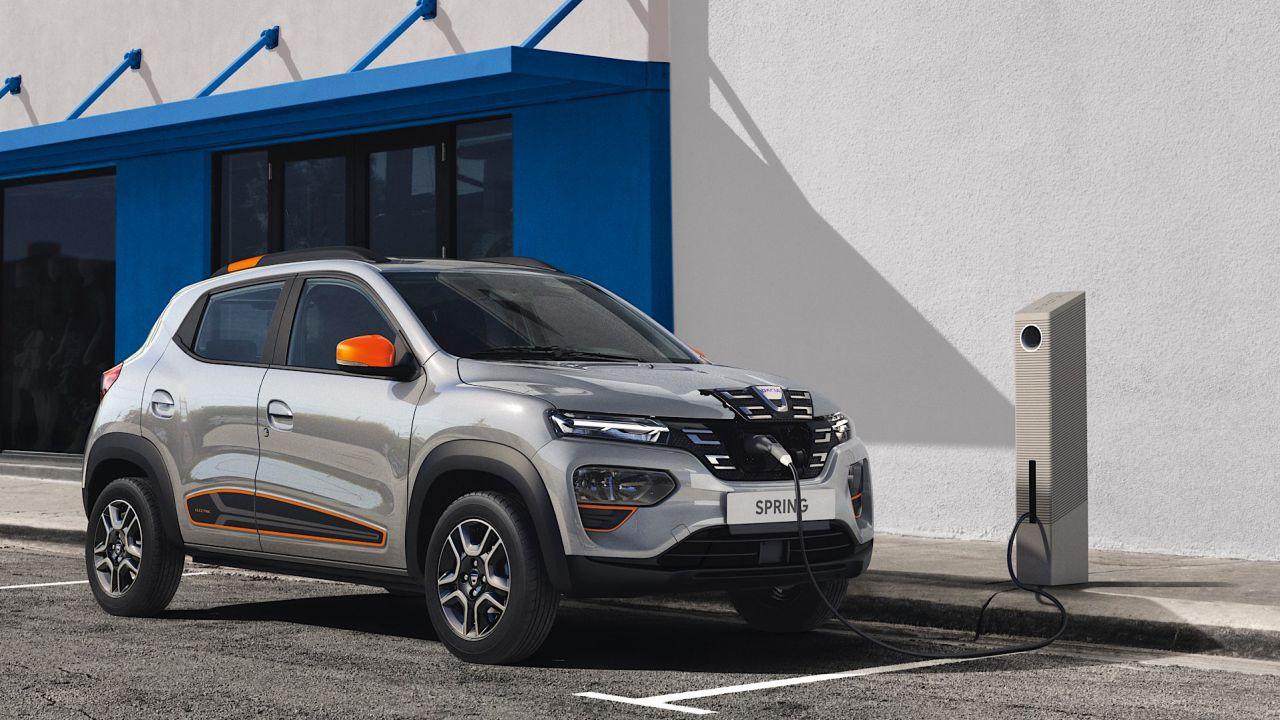 Tutto sulla nuova Dacia Spring, l'elettrica che costa meno di 10.000 euro