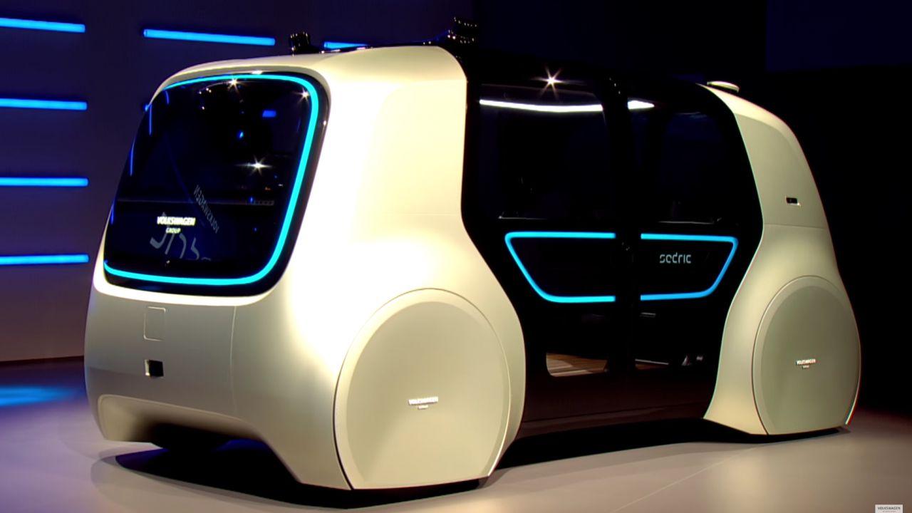 Volkswagen Sedric: le auto del futuro si guidano con voce e telecomando